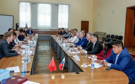 «Караван дружбы» объединяет страны и народы Евразии • Центр гуманистической экологии и культуры