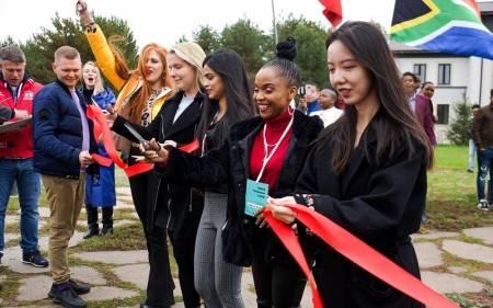 Город-парк БРИКС будет построен по эскизам молодежи • Центр гуманистической экологии и культуры
